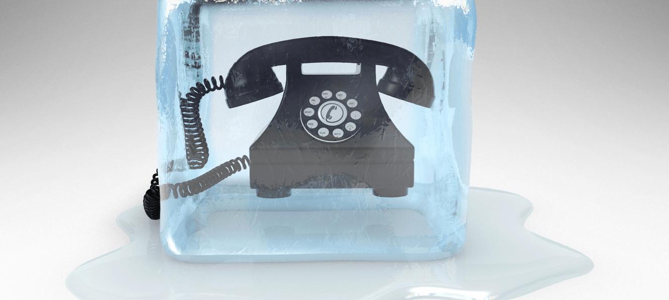 В статье отвечаем на вопрос, что такое скрипт холодных продаж и даем рекомендации по холодным звонкам с примерами.